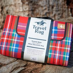 Billabong Water-Resistant Travel Rug - Red Check