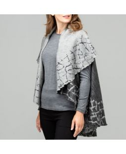 Cobblestone Border Wool Poncho - Black/Charcoal Marle
